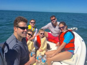 Keys boat tours Family on boat