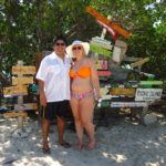 couple boat tour at picnic island
